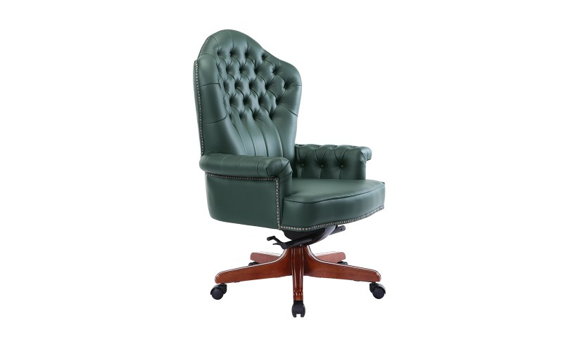 083 Кресло руководителя (810х735х1170)